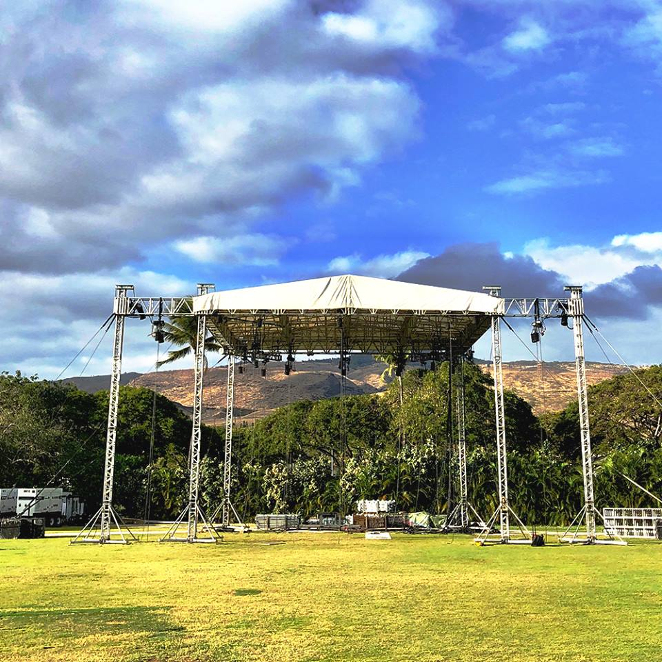 Temple Rock outdoor concert in Hawaii